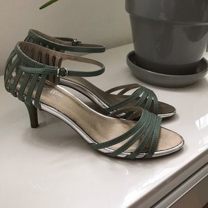 Seychelles Song and Dance heels in Seafoam Leather